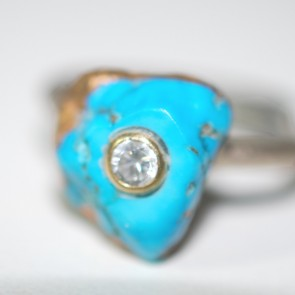 Ring gold diamond turquoise